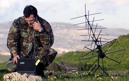 Violata la crittografia dei telefoni satellitari