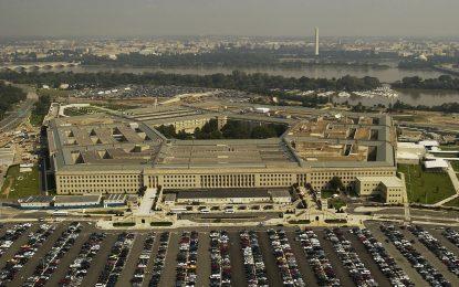 Il Pentagono mette al bando produttori di software russi e cinesi