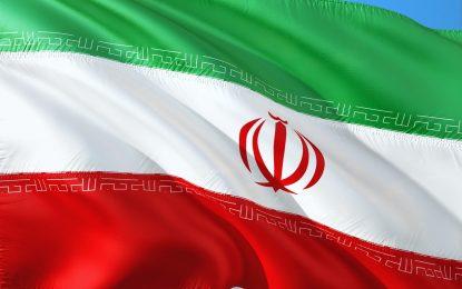 Hacker al soldo del governo iraniano vendono online accessi ai server